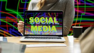 SOCIAL MEDIA AND FIRM PERFORMANCE